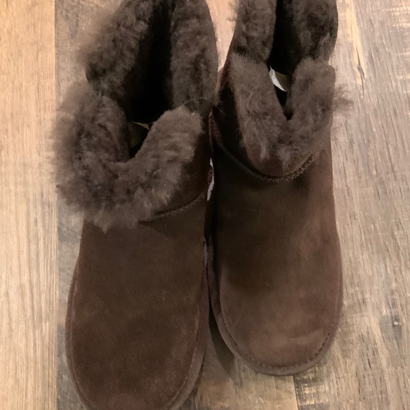 Koolaburra Shoes - Koolaburra Ugh short boots